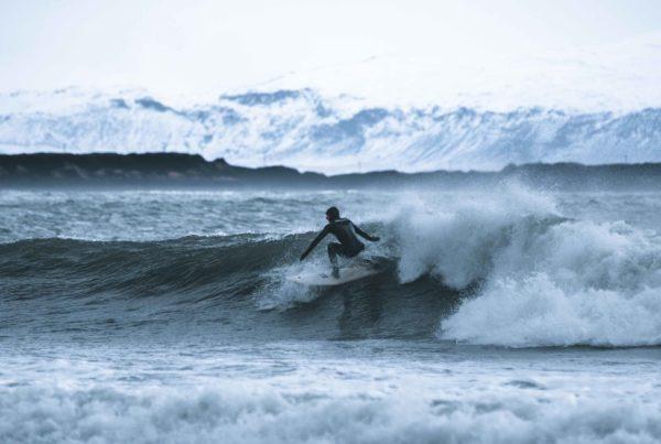Island Surftrip Reisen Urlaub Wellenreiten10